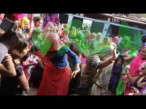 मीठी मीठी मुरली बजाई म्हरो मोहन   New dance meena ladies Rajasthan soung