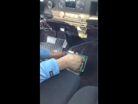 2007 Chevrolet Uplander Fuse Box Location Disable Remove Onstar Youtube