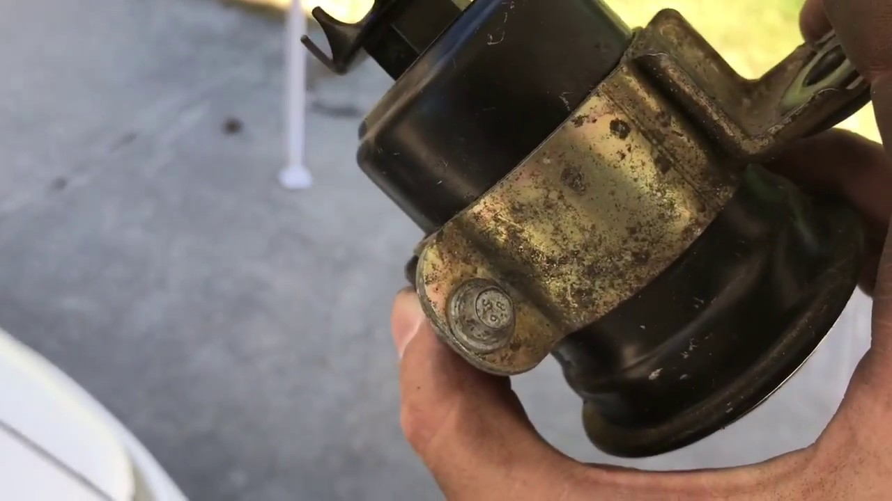 how to replace fuel filter on 1st gen dsm talon laser eclipse rh youtube com