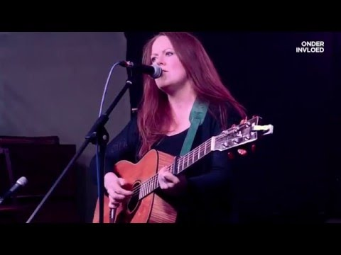 Iona Macdonald - Feed The Monster (Doghouse Roses)