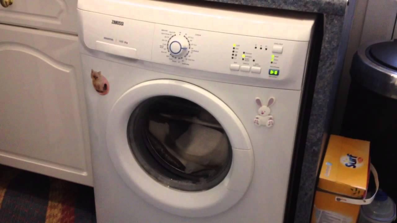 My Zanussi Washing Machine On 1600 Spin Youtube