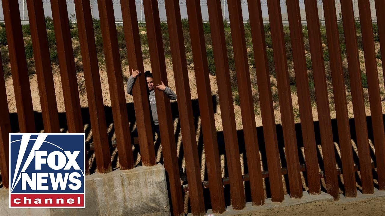 Washington kicks off 2019 with a government divided over border security