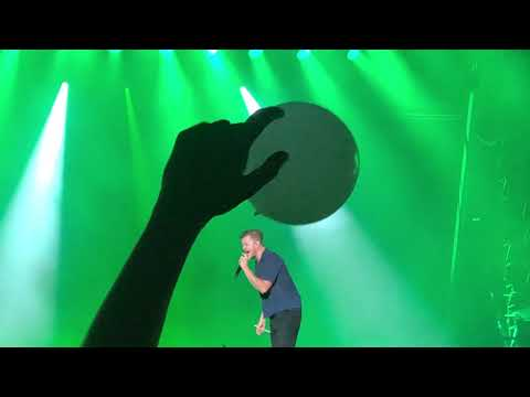 imagine-dragons---on-top-of-the-world-+-radioactive---visarno-arena,-firenze-02.06.2019