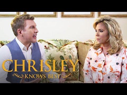 Chrisley Knows Best   #AskTodd - Todd & Julie