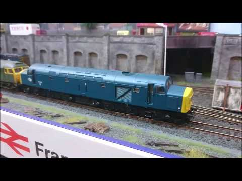 Taunton Model Railway Exhibition 2017 - Sunday 22nd October part 2