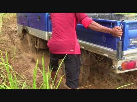 A BORING MORNING BIG BLUE TRUCK  ADVENTURE WITH THE HELP OF SUPER MAN TEAM EXPAT PHILIPPINES