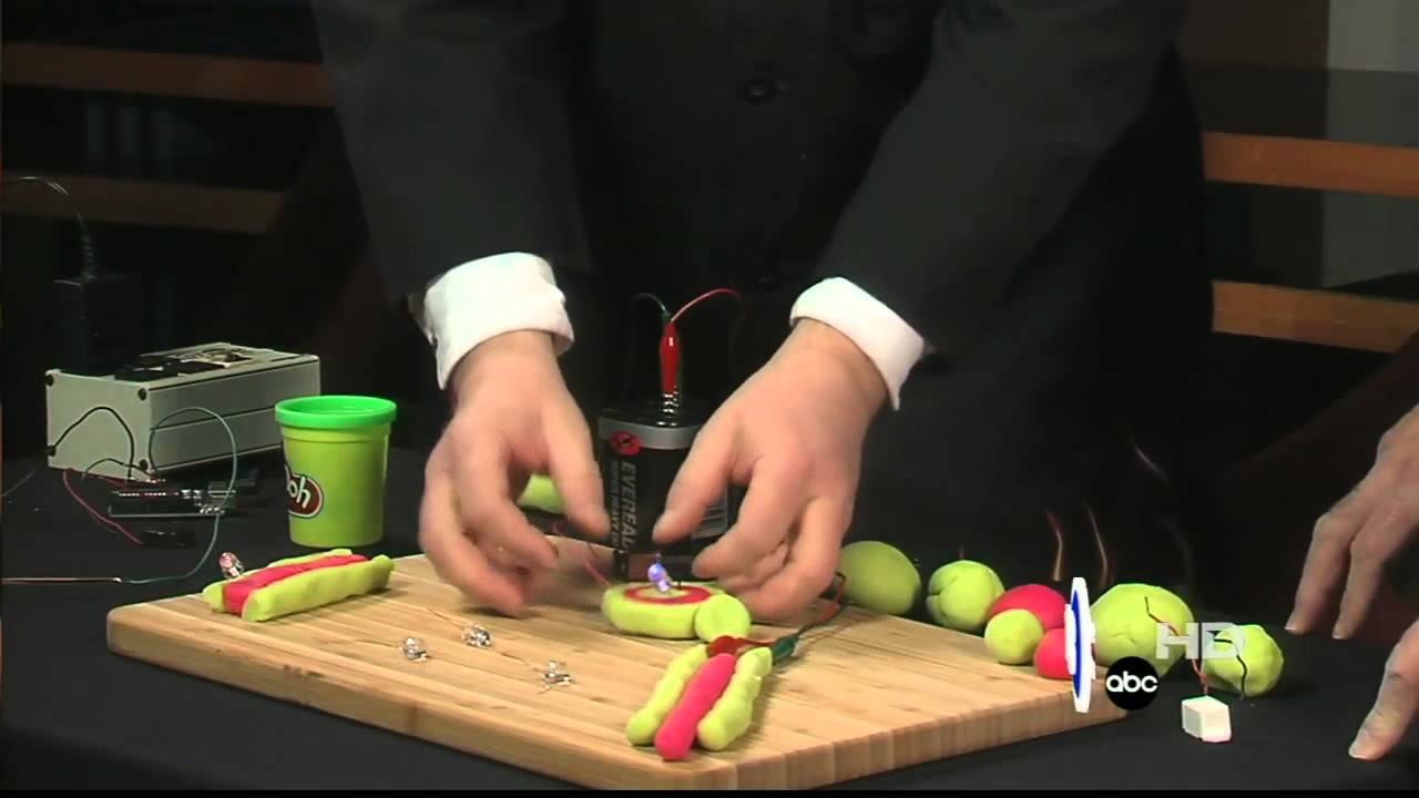 Squishy Electrical Circuits With Play Doh Youtube How To Make And Batteries Dough