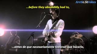Arctic Monkeys - Leave before the lights come on (inglés y español)
