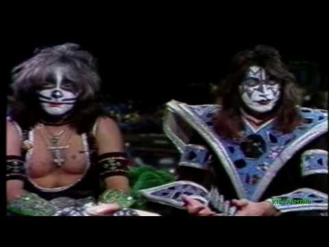 KISS on Tom Snyder [ 10/31/79 ]