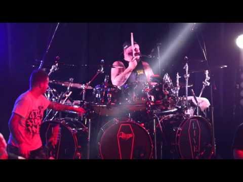 Atreyu - When Two Are One - 10/05/15 - Toronto Opera House (LIVE HD)