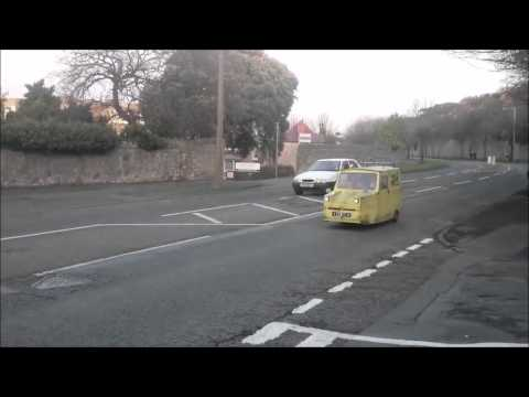 Best fancy dress ever! * original full video *only fools and horses. Del Boy, robin reliant,top gear