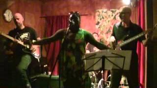 Fred PG Trio feat. Peaches Staten @Fermento 26.7.2012 001