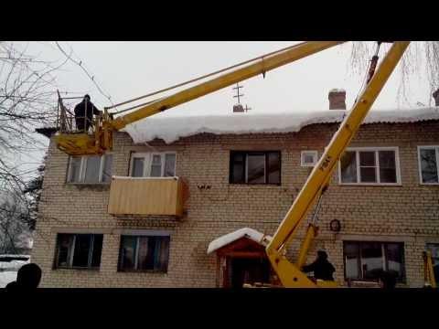 Уборка снега Шарья пгт. Ветлужский ул.Октябрьская дом 74 часть-3