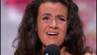 Jej występ chwycił za serca jurorów! Zaśpiewała dla wszystkich kobiet! [Mam Talent]