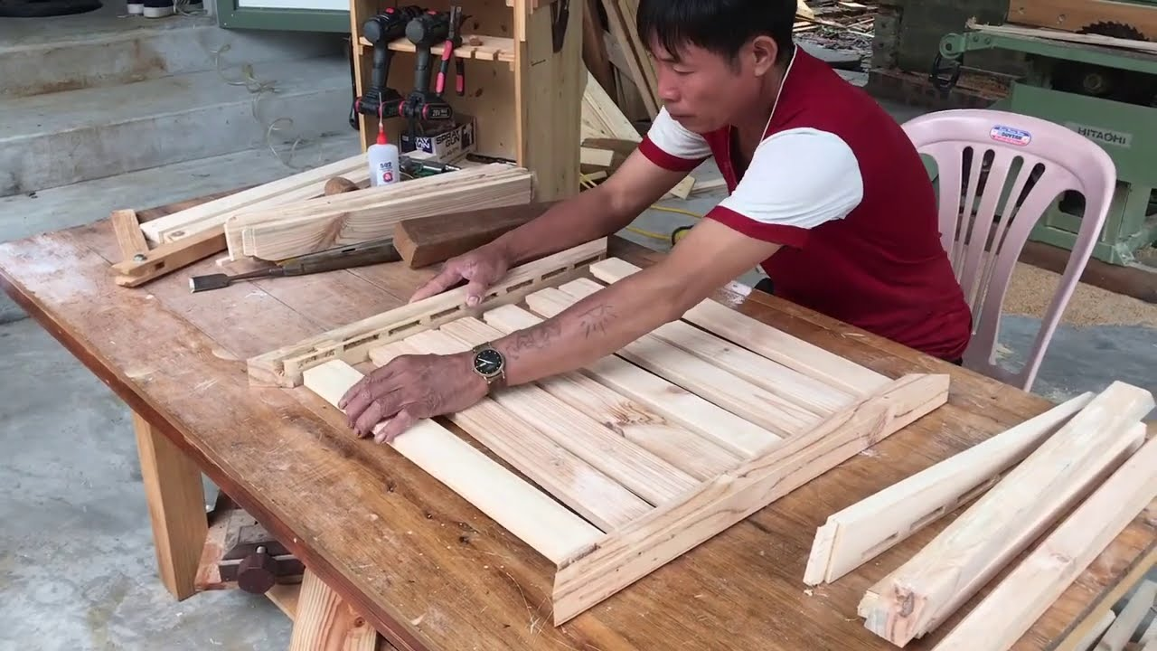 Amazing Woodworking Idea From Old Pallets // How To Build A Extremely Simple And Sturdy Chair - DIY!