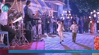 Dosth mera Dosth full video song in pelli pandiri movie