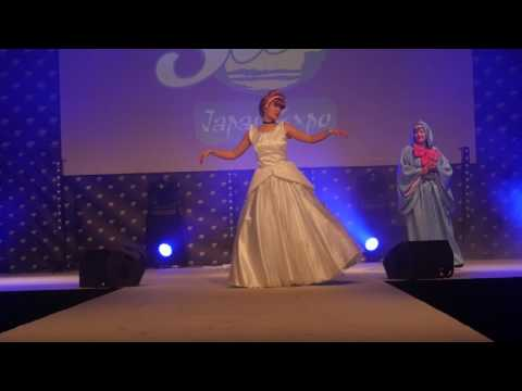 related image - Japan Expo Sud 2017 - Concours Cosplay Dimanche - 17 - Cendrillon