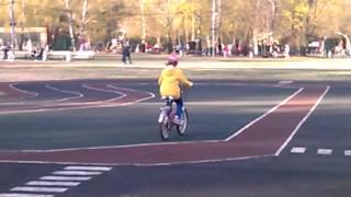 Ехали медведи на велосипеде(А за ними кот задом наперёд., 2014-04-23T17:07:32.000Z)