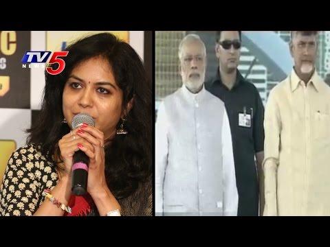 Singer Sunitha Sings