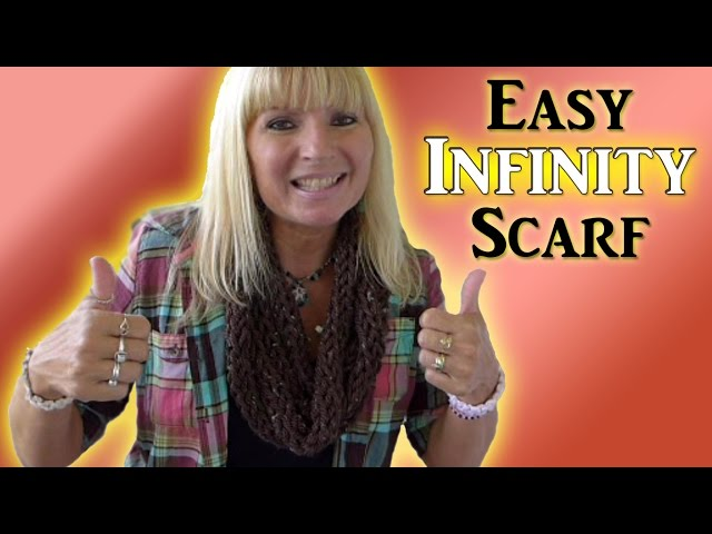 How To Finger Knit an Infinity Scarf