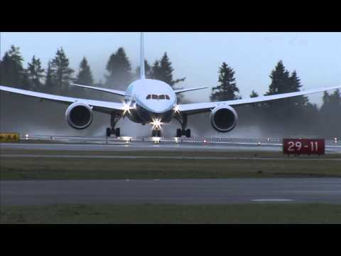 Boeing 787 Dreamliner soars for first flight