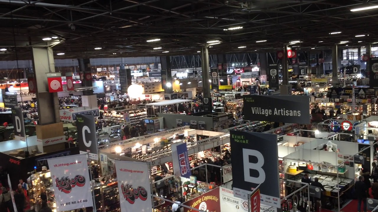 Vue panoramique du salon r tromobile youtube for Salon du retromobile
