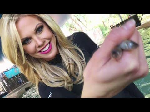 Krystle Henderson visits Stingray Bay at the Phoenix Zoo