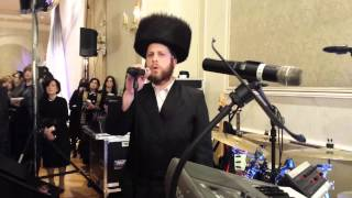 Evanal with yossi friedman doing a chupah