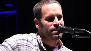 2013 Life is good Festival: Jack Johnson performs Do You Remember