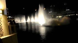 DUBAI MALL- DANCING FOUNTAIN