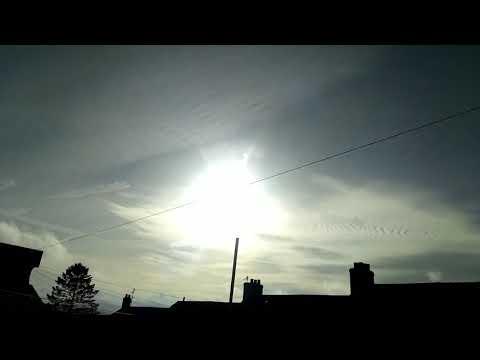 Chemtrails,Sky,Sun 01/11/2017 U.K. part 1