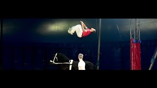 Backflip training @ Zirkus BEROLINA – 24.04.2015