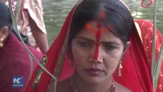 Bí ẩn tục thờ lạy mặt trời ở Nepal