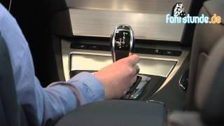 Schalthebel beim Automatikgetriebe