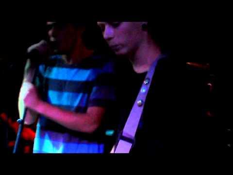 The Bustle - I Wanna Get A Mohawk (AFI cover)