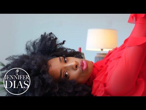 Смотреть клип Jennifer Dias - Eu Te Odeio