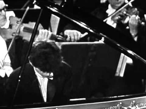 Mogilevsky plays Rachmaninoff Piano Concerto No 3