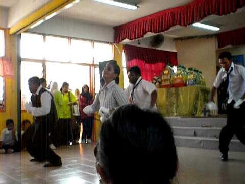 Karnival SMKSA- Dance (indian group)