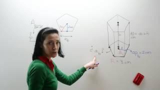 Area y volumen prisma pentagonal