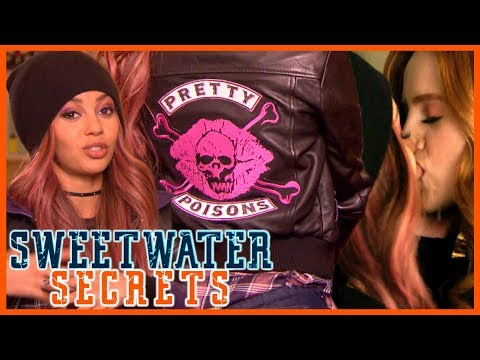 Riverdale 3x12: Vanessa Morgan Talks #Choni Kisses & NEW Pretty Poisons Jacket! | Sweetwater Secrets