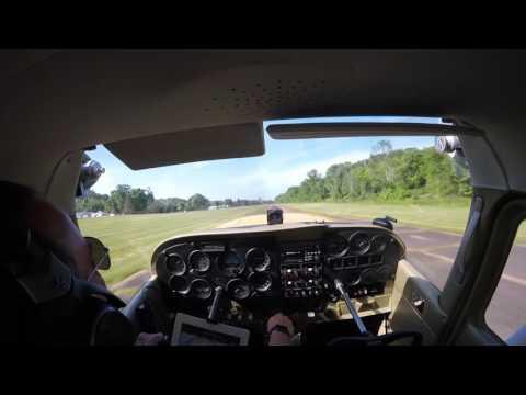 Cessna Skyhawk landing at Riverside (OH36) in Zanesville, OH