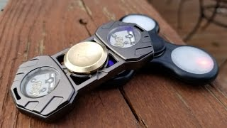 Lightake.com LED Fidget Spinners Unboxing, Review, and Giveaway.