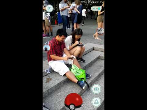 My first time playing Pokémon go at Union Square with hundreds of users