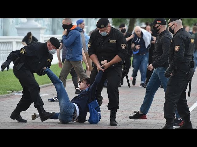 Стихийные протесты и аресты в Беларуси - Euronews Русский