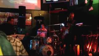 "Intro ""The Dark Side of The Moon"" Cover by ""La Terza Stanza"" live @ Full"