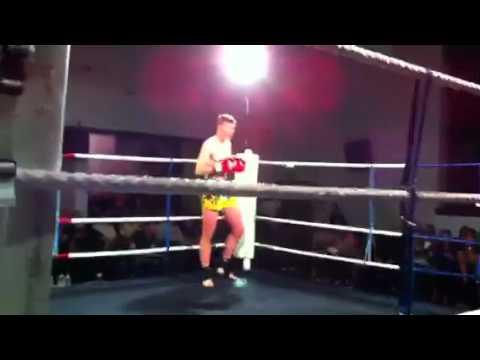 Mike Schouten ESMT fight night , eilean siar muay thai 22/10/11