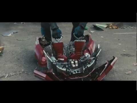 Сборка и разборка Железного человека в фильмах