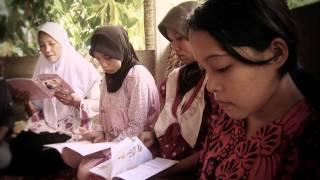 Bidan Sri Ariati - Melebur Adat di Bumi Mandar (Majene).mp4