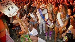 برازيليات ضد الحظر المفروض على تعرية الصدور