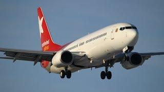 Девушка-пилот сажает Boeing 737-800 в аэропорту Воронежа